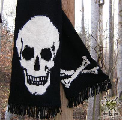 Knitting Pattern Skull Scarf : domiKNITrix reader knits